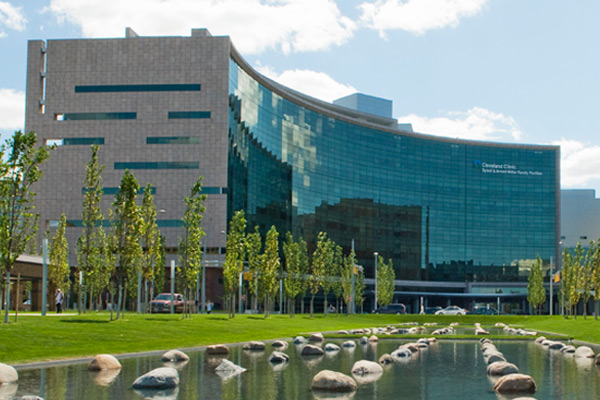 cleveland clinic Cleveland clinic main campus at 9500 euclid ave, cleveland, oh 44195.