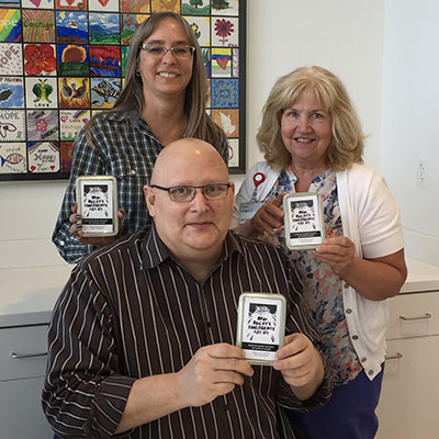"""Emergency"" art kits give cancer patients a dose of inspiration 