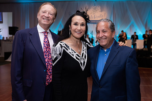 Longtime Cleveland Clinic Florida benefactors Rick and Rita Case with Weston Mayor Daniel J. Stermer (right). | Cleveland Clinic