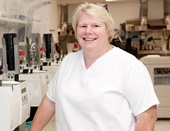 Meet a Histotechnologist: Linda | Health Sciences Education | Cleveland Clinic