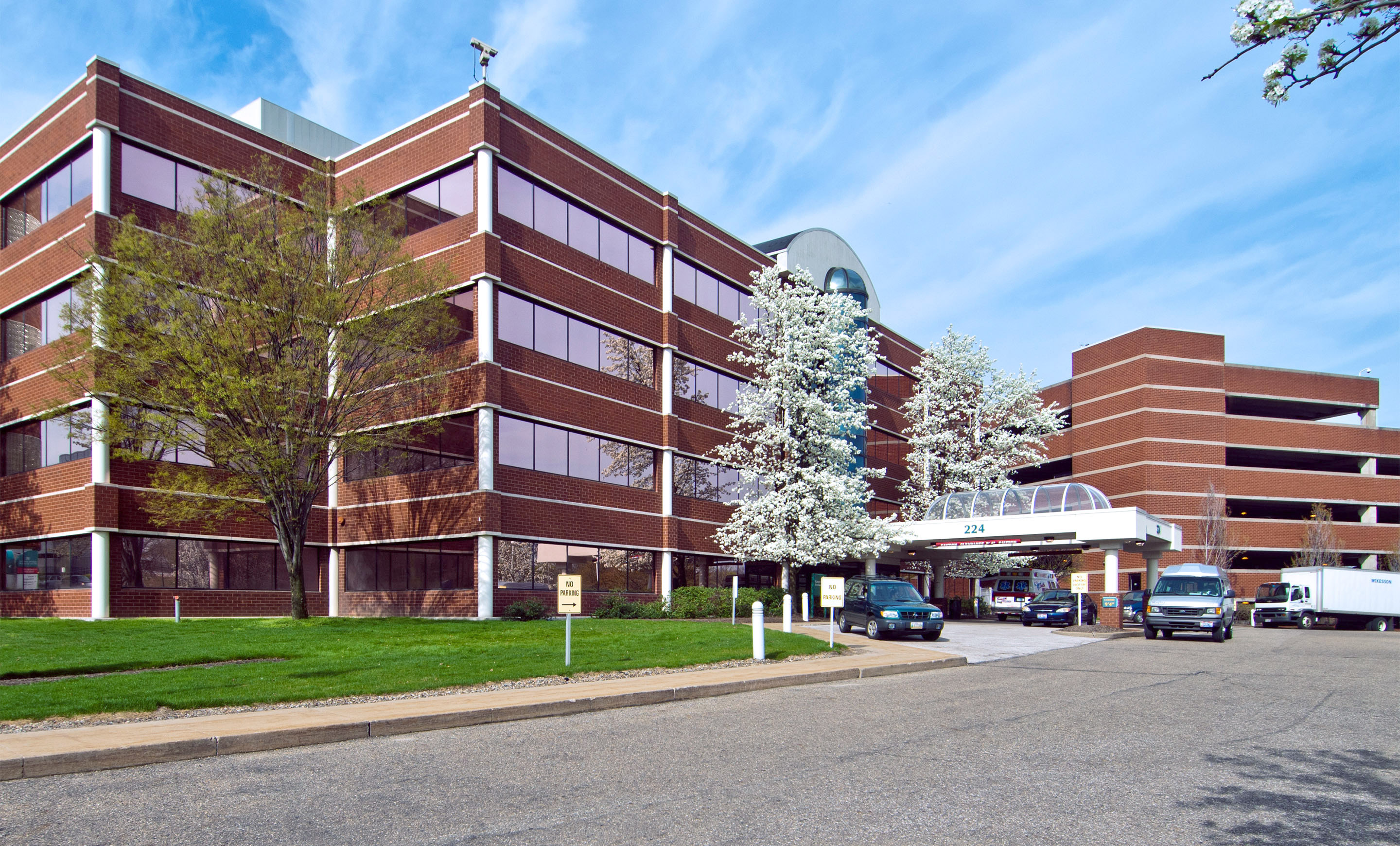 Akron General Physician Office Building