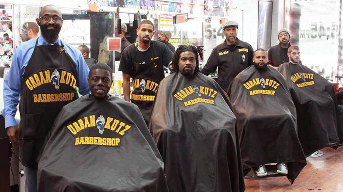 Waverly Willis and fellow barbers at barbershop