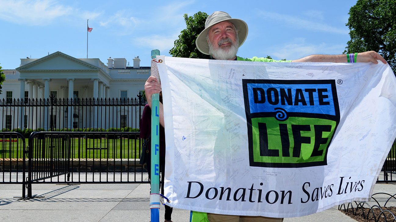 Gene walked more than 357 miles to raise awareness for organ donation. (Courtesy: Cleveland Clinic)