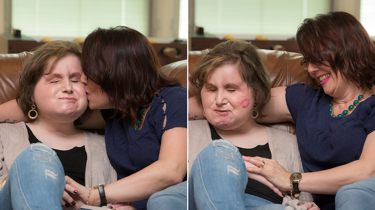 Katie Stubblefield and her mother, Alesia Stubblefield, at Ronald McDonald House in Cleveland, Ohio. (Courtesy: Cleveland Clinic)