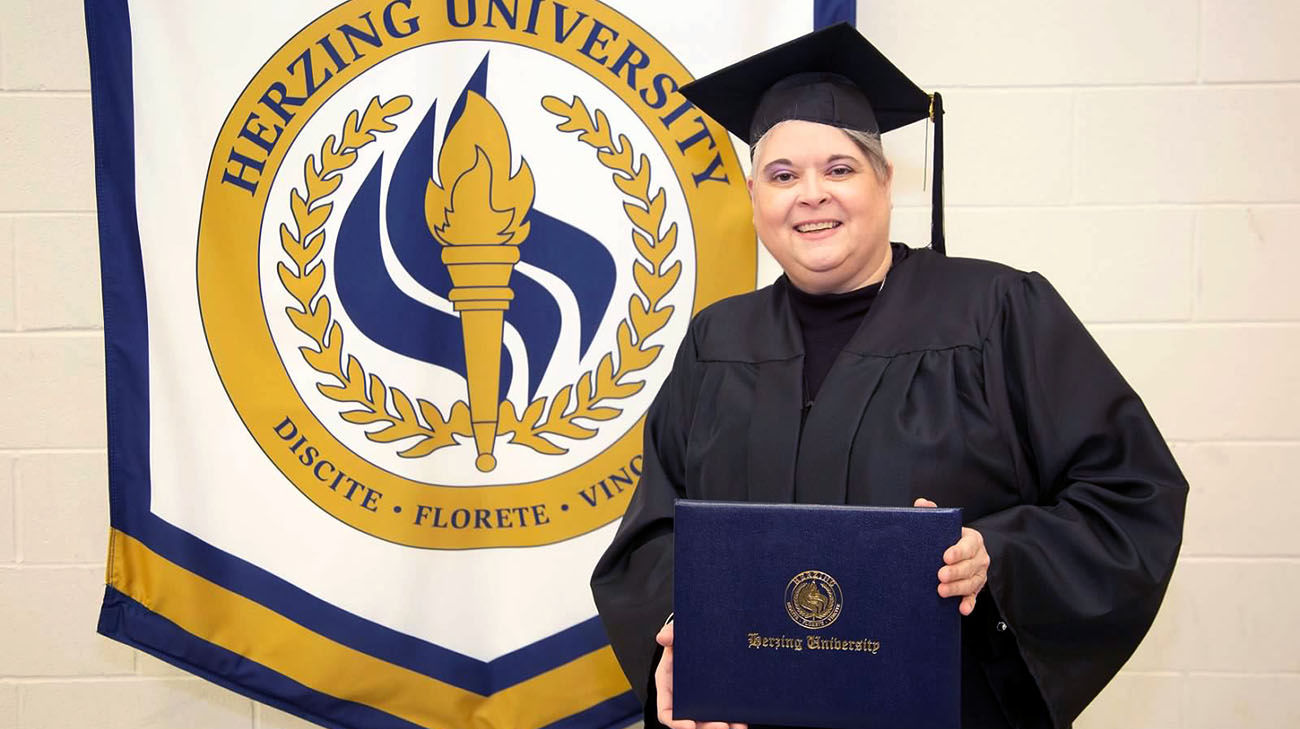 Marilyn earned her Bachelor's degree in January, just two months before she contracted COVID-19 (Courtsy: Marilyn Schneider)