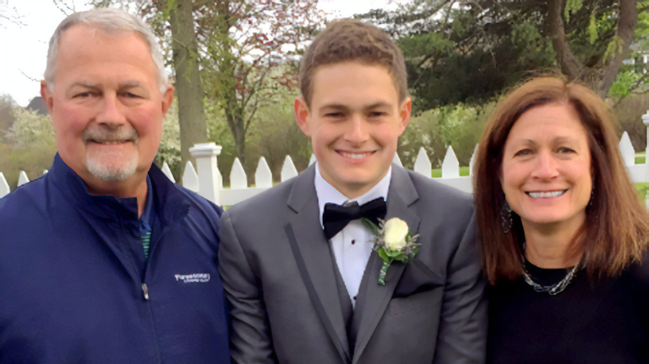 Bilateral Kidney Cancer Survivor Appreciates Time with His Son | Cleveland Clinic Patient Stories