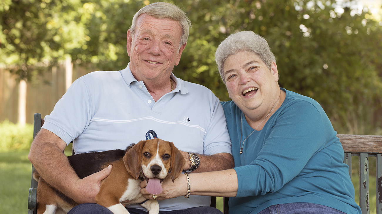 Ken and Jane with dog, Gizmo | Cleveland Clinic