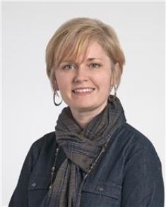 Leighanne Hustak, CNP